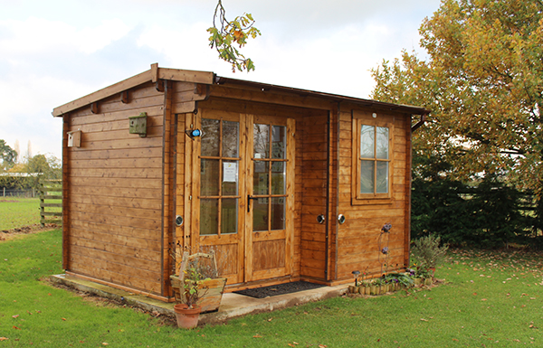 Log Cabin Facilities Field House Farm Caravan Site Cl